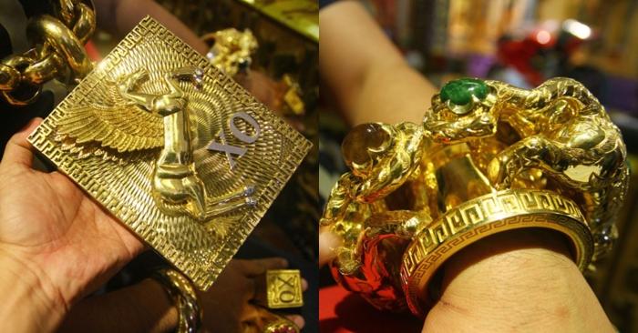 Người đàn ông đeo 13 kg vàng cổ vũ tuyển Việt Nam từng bị cướp kéo lê giữa đường 1