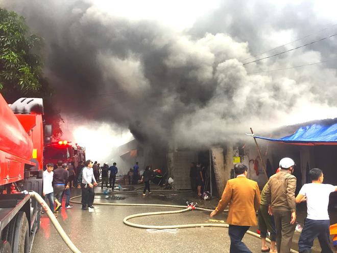 Vụ cháy kinh hoàng ở kho hàng chợ Vinh: Bộ Công an vào cuộc điều tra  1