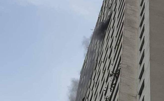 Cháy tại tầng 31 ở chung cư HH Linh Đàm, cư dân hoảng loạn 1