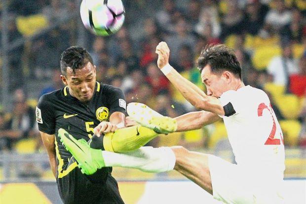 Hàng thủ gặp tổn thất lớn, HLV Malaysia phải chơi một 'canh bạc' trước Việt Nam 1