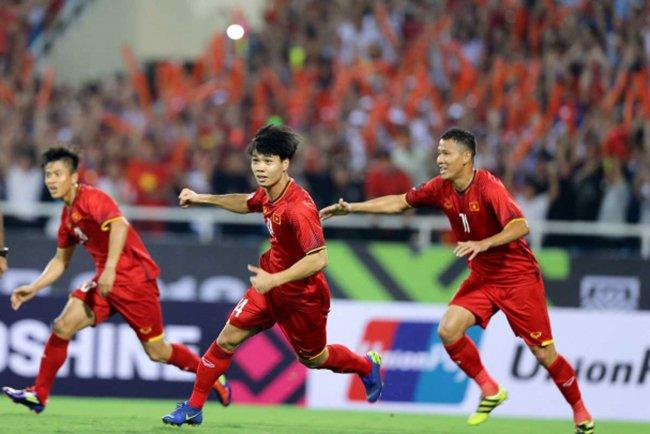 AFF Cup: Xem thầy Park 'bẫy' Malaysia tại 'chảo lửa' Bukit Jalil 1
