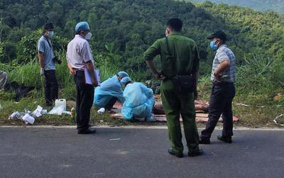 Các nghi can và nạn nhân trong vụ giết người ném xác xuống đèo phi tang là bạn nhau 1