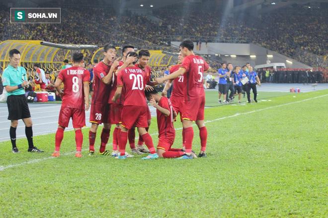 Điều đáng tiếc nhất với tuyển Việt Nam sau màn kịch chiến nghẹt thở tại Bukit Jalil 2