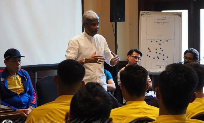Chung kết AFF Cup 2018: Malaysia cậy nhờ thầy 'phù thủy' để hạ gục Việt Nam 2