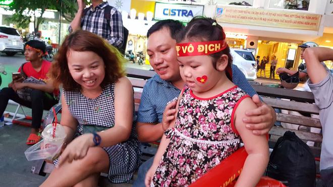 Người hâm mộ ở Sài Gòn tin tưởng đội tuyển Việt Nam sẽ chiến thắng 6