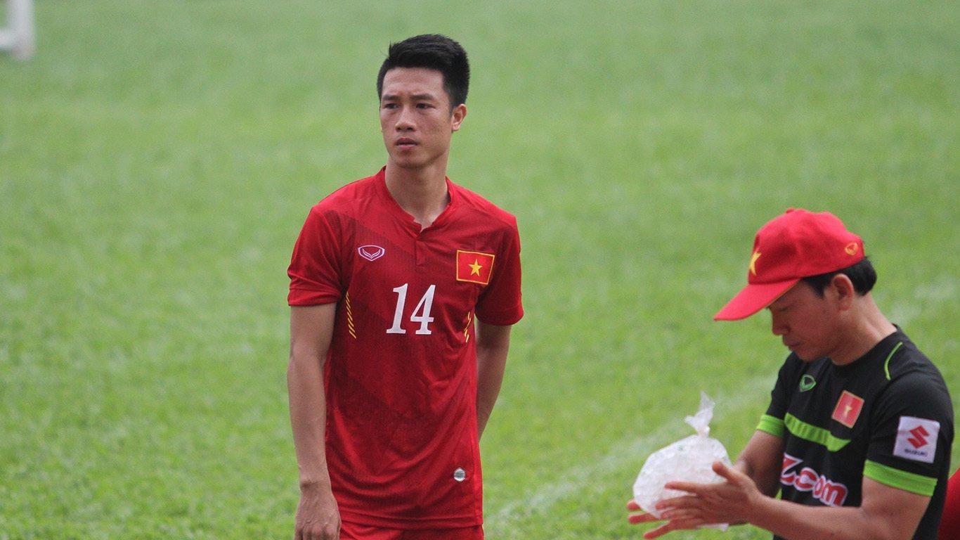 AFF Cup 2018: Bạn gái xinh đẹp thưởng nóng Huy Hùng 20 triệu đồng sau bàn thắng 1