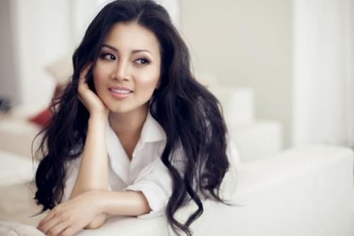 Ca sĩ Hà Phương: Làm vợ tỷ phú cũng đâu dễ dàng 1