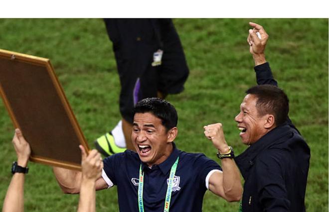 Huyền thoại bóng đá Thái Lan Kiatisak: Việt Nam hiện tại quá hay, 99\% sẽ vô địch AFF Cup 2018 1