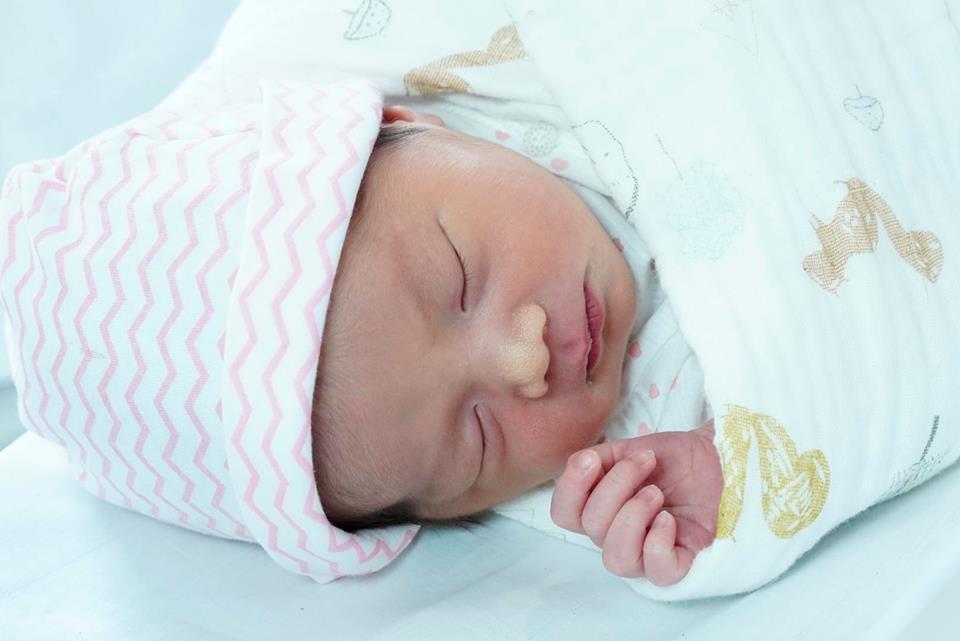 Hình ảnh Cảm động trước tâm thư Quốc Nghiệp viết xin lỗi con gái vừa chào đời được 4 ngày số 3