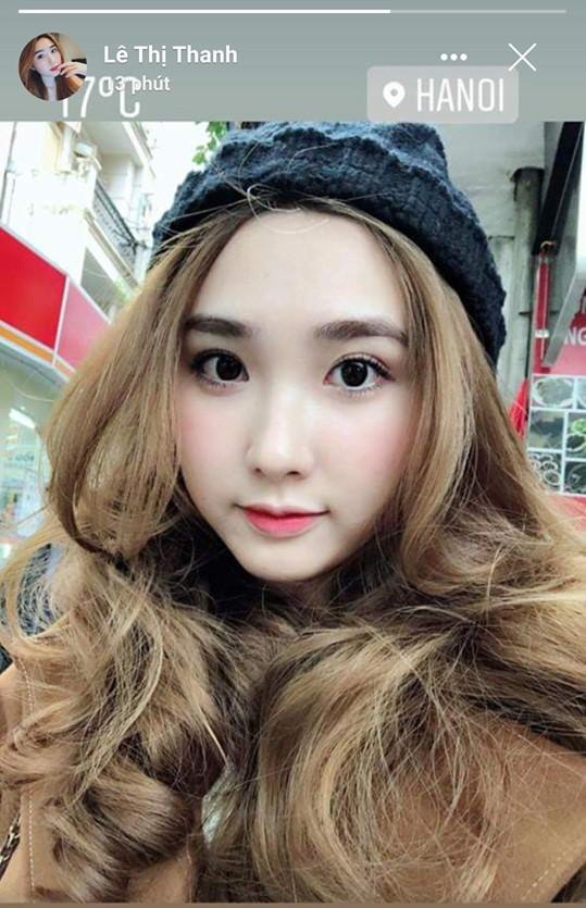 Bạn gái nóng bỏng, đẹp hút hồn của các cầu thủ Việt Nam trên sân Mỹ Đình 4