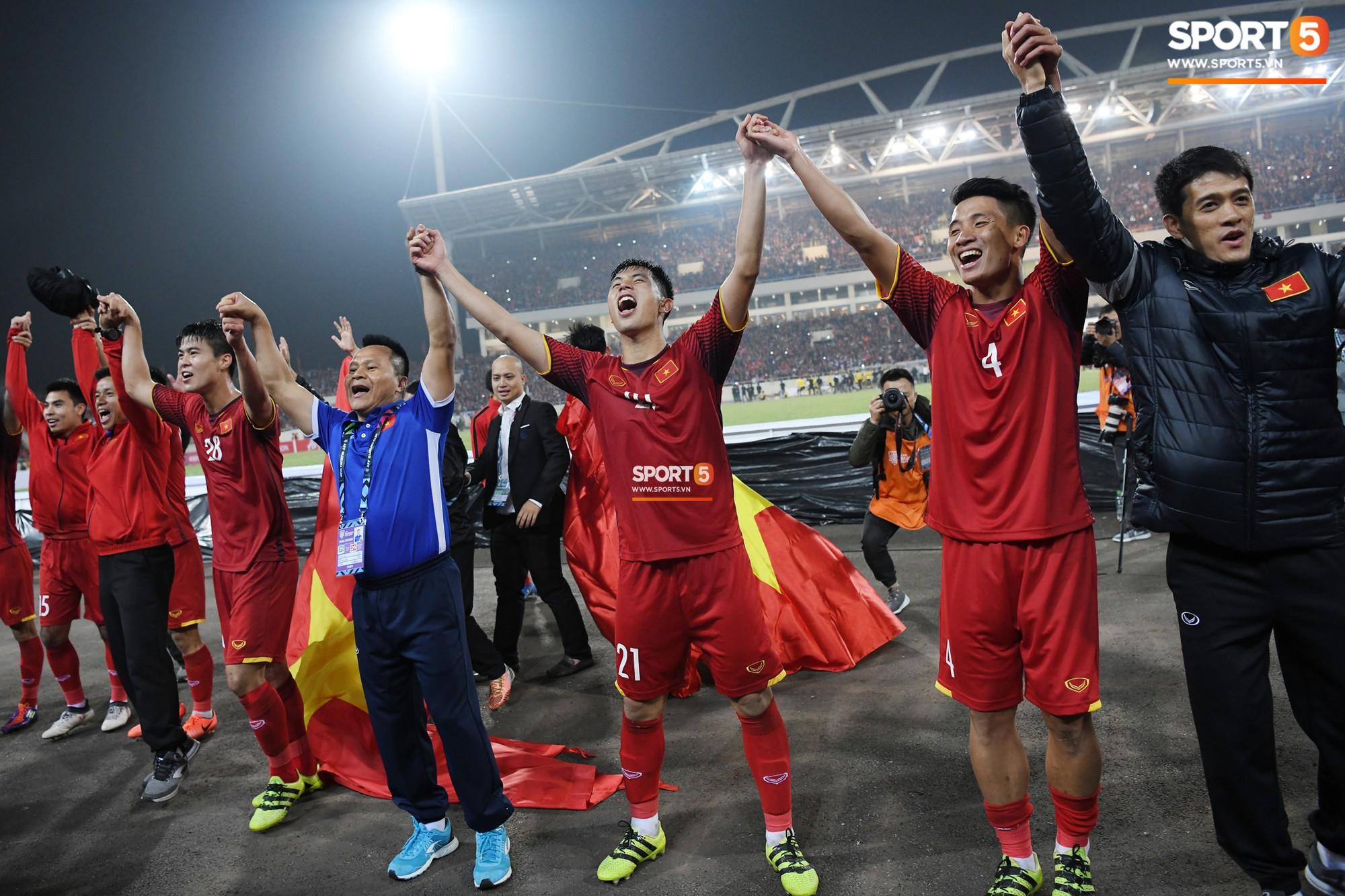 Báo quốc tế chỉ ra 5 lí do tuyển Việt Nam vô địch Đông Nam Á 2