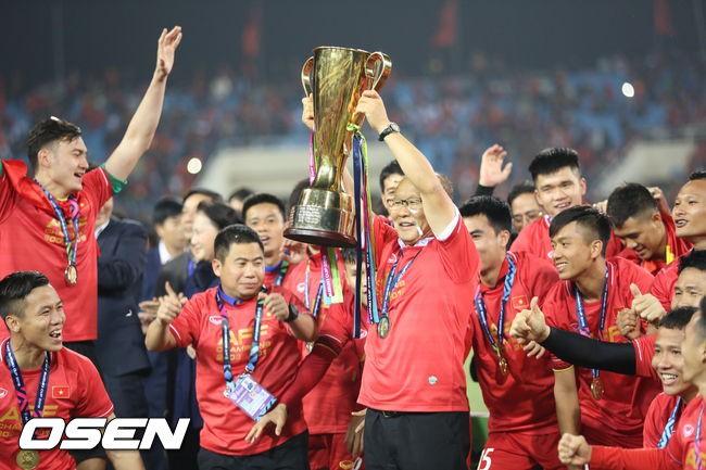 Rating trận chung kết AFF Cup đài SBS bứt phá chạm mốc kỷ lục hơn 18\% 1