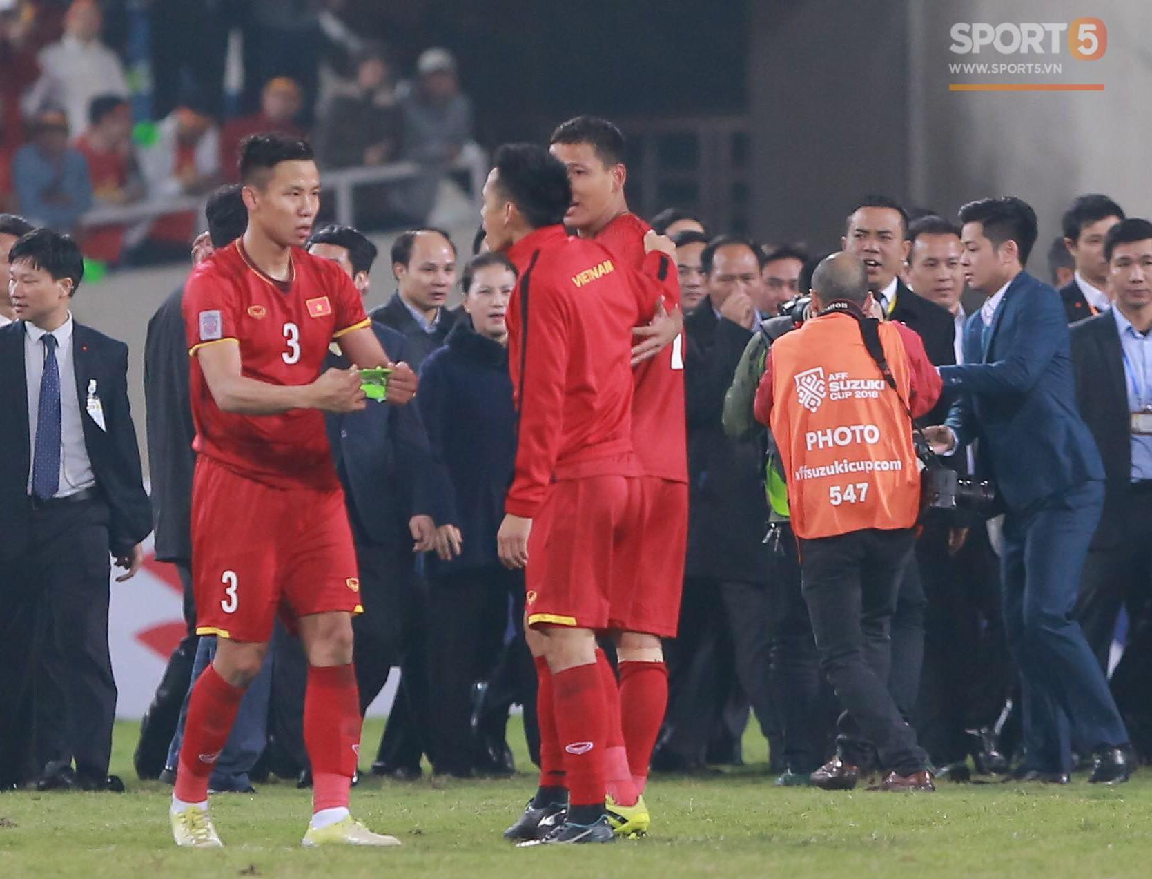 Nhà vô địch AFF Cup 2018 Quế Ngọc Hải: 'Máy chém' rũ bỏ những định kiến để đứng dậy sáng lòa 1