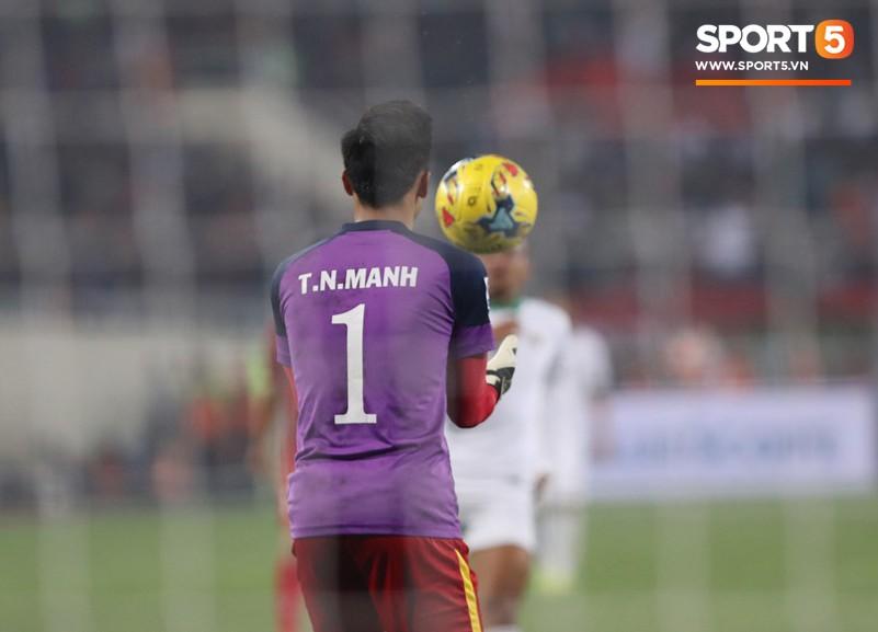 Nhà vô địch AFF Cup 2018 Quế Ngọc Hải: 'Máy chém' rũ bỏ những định kiến để đứng dậy sáng lòa 2