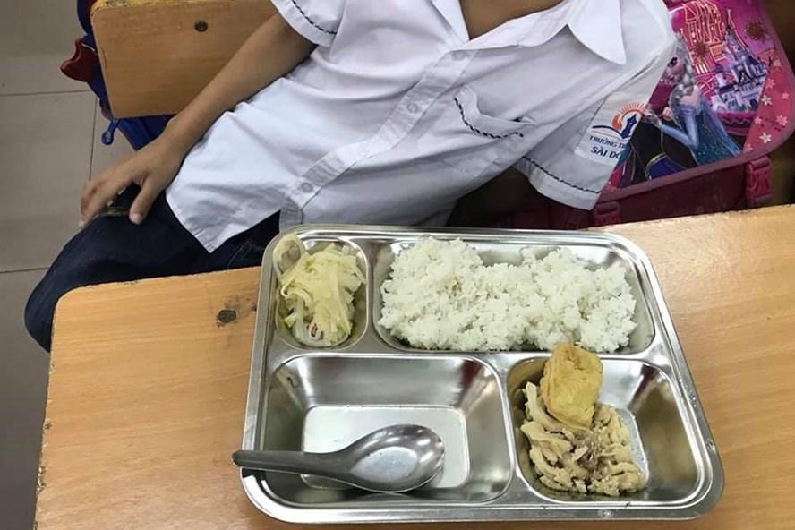 Hình ảnh Phụ huynh tố bữa cơm 22.000 đồng/bữa ở Tiểu học Sài Đồng quá đạm bạc: Hà Nội sẽ kiểm định số 2