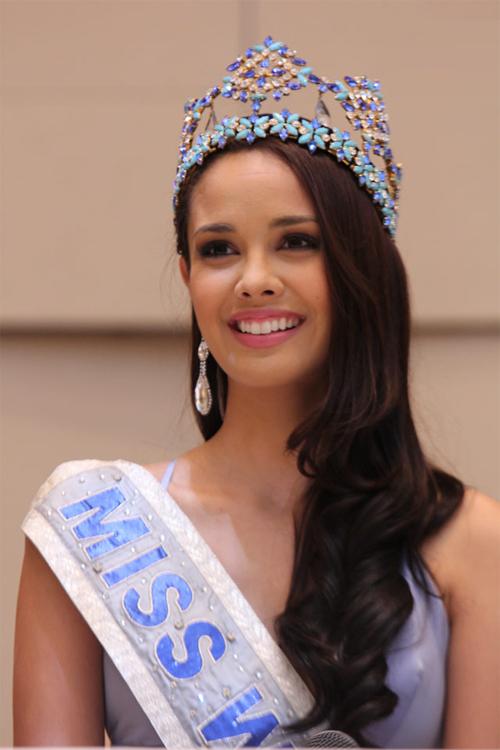 Những nhan sắc rực rỡ minh chứng Philippines là cường quốc Hoa hậu 8