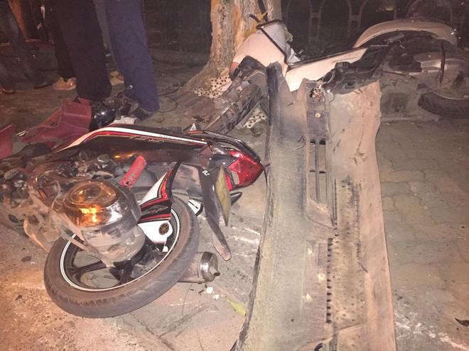 Vụ Lexus đâm liên hoàn, 6 người nhập viện: Nhân chứng kể lại sự việc 2