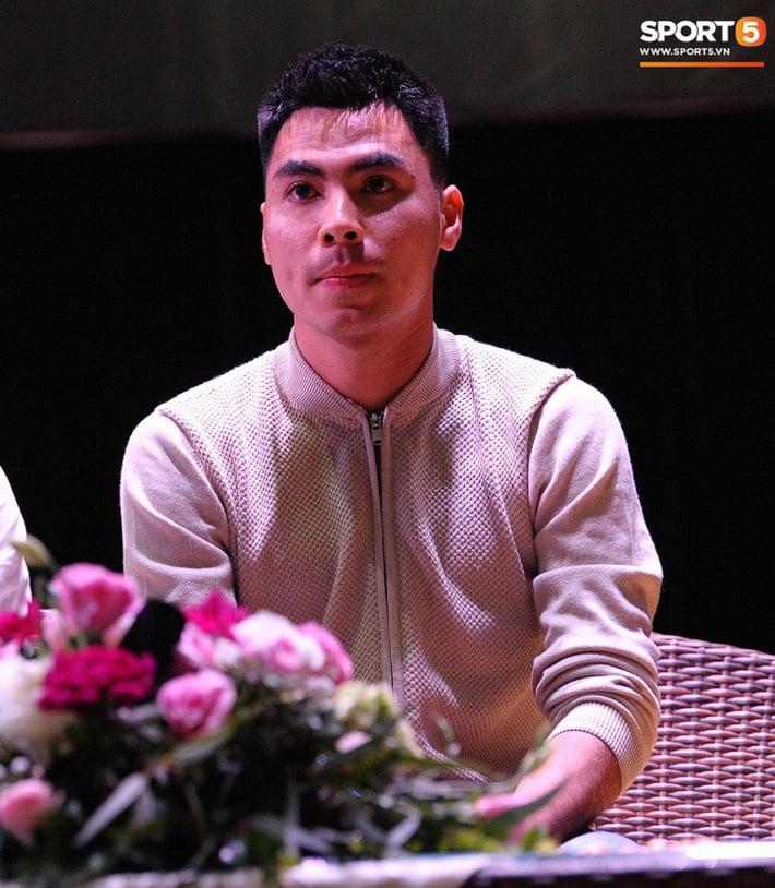 Đức Huy, Đình Trọng buồn và tiếc nuối vì trợ lý Hàn Quốc chia tay tuyển Việt Nam 2