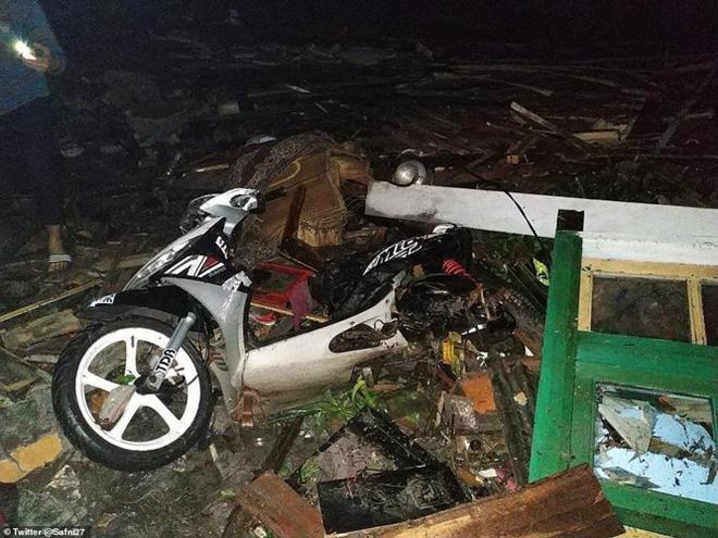 Sóng thần ở Indonesia: Hơn 1.000 người thương vong, không có công dân Việt Nam 2