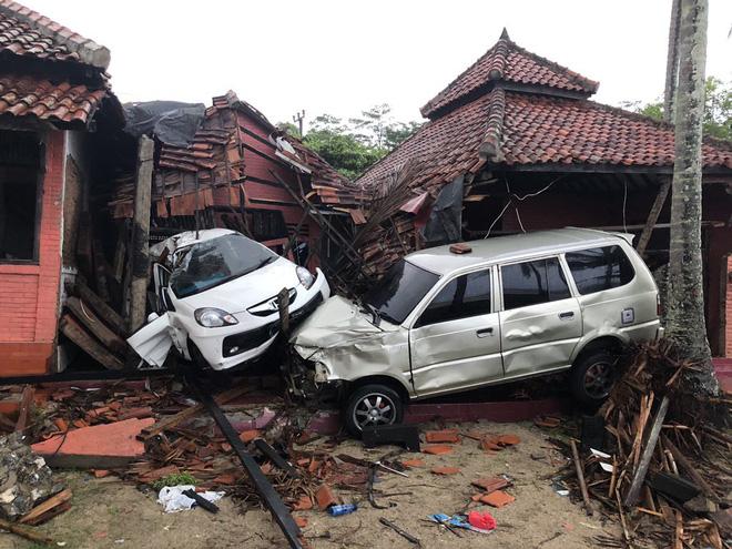 Sóng thần ở Indonesia: Hơn 1.000 người thương vong, không có công dân Việt Nam 1