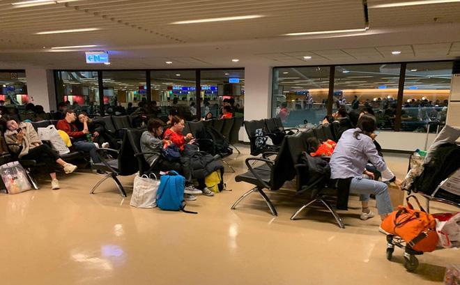 Hành khách chuyến bay Vietjet gặp sự cố: Nhiều người 'đứng hình', suýt xảy ra hỗn loạn 1