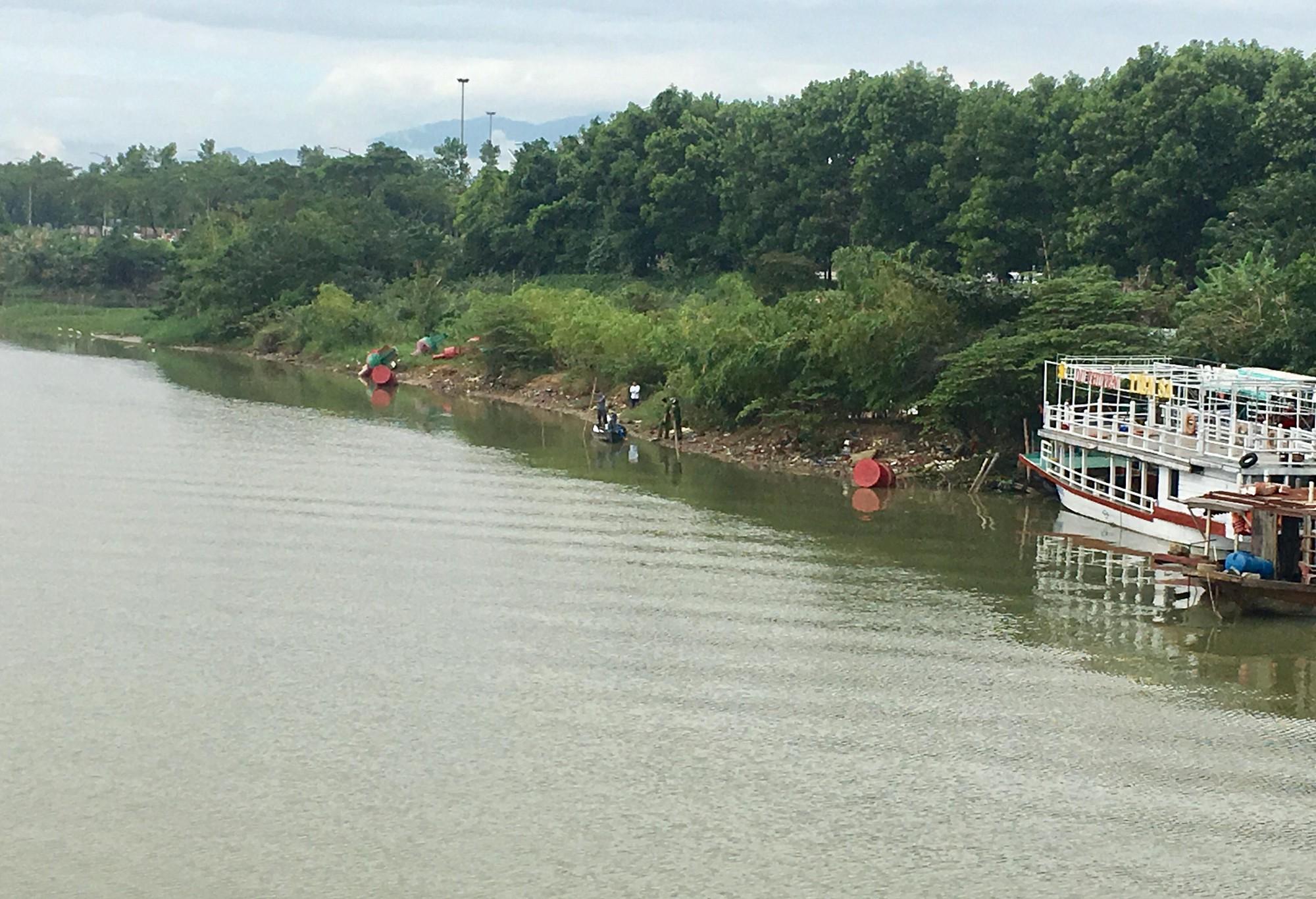 Đà Nẵng: Nữ giáo viên về hưu bất ngờ nhảy xuống sông Cẩm Lệ tự tử 2