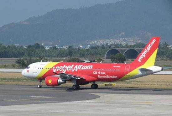 Vừa gặp sự cố tại Đài Loan, máy bay Vietjet Air lại hạ nhầm xuống đường băng chưa khai thác ở Cam Ranh 1