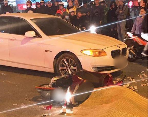 Hà Nội: Va chạm mạnh với xe BMW, nữ sinh viên bị xe buýt cán tử vong 1