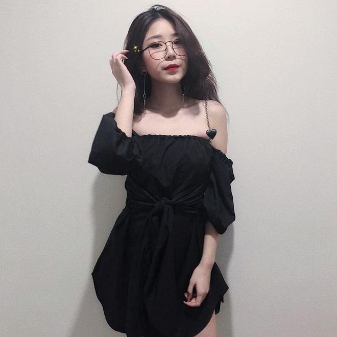 Nhan sắc xinh như hoa hậu của con gái riêng nữ đại gia Hà Nội vừa cưới Trương Nam Thành 2