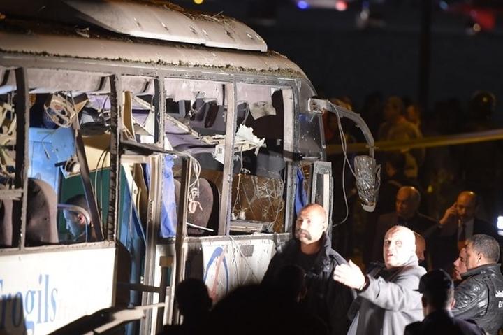 Cận cảnh hiện trường vụ xe buýt chở 14 du khách Việt bị đánh bom ở Ai Cập 9