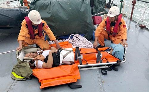 Bốn thuyền viên  Philippines gặp nạn trên biển Khánh Hòa 1