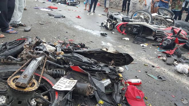 Thông tin mới vụ tai nạn ở Long An khiến ít nhất 4 người chết 1