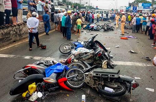 Ai là người chịu trách nhiệu bồi thường cho các nạn nhân vụ tai nạn ở Long An? 1