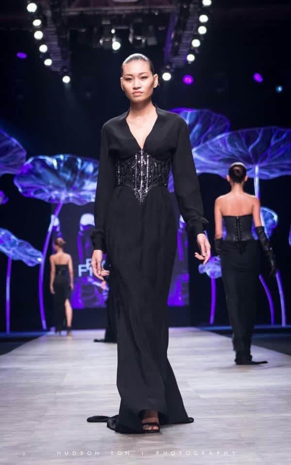 Bàng hoàng hình ảnh da bọc xương của người mẫu Kim Anh vì ung thư buồng trứng 2