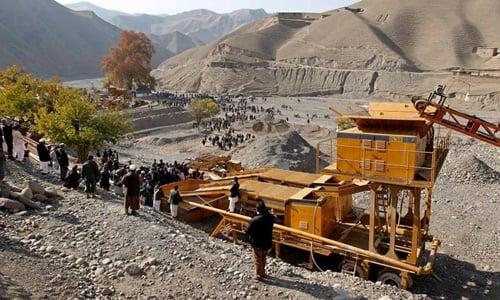 Ít nhất 30 công nhân thiệt mạng trong vụ sập hầm đào vàng ở Afghanista 1
