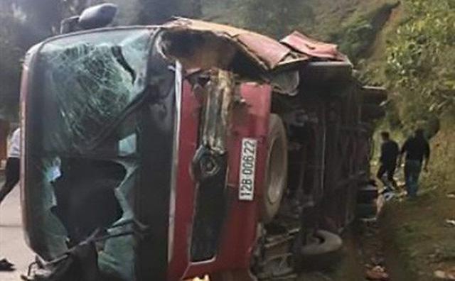 Thông tin mới vụ lật xe khách ở Sa Pa khiến nhiều người thương vong 1