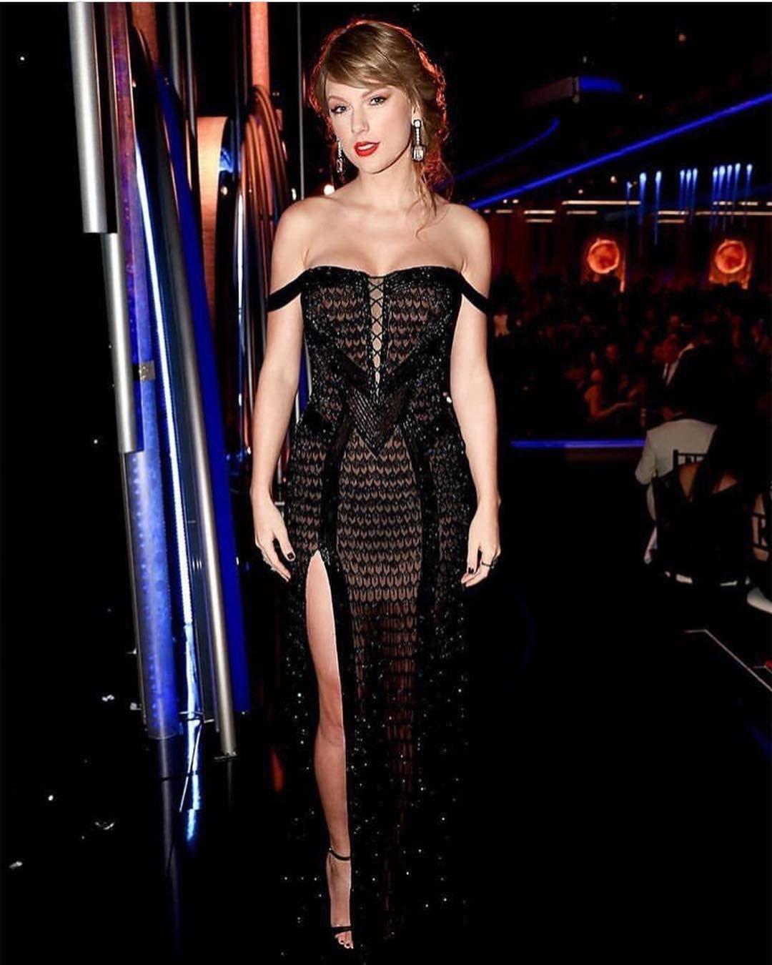 Taylor Swift xuất hiện tại Quả cầu vàng 2019 khoe body nóng bỏng, nhan sắc 'hớp hồn' khán giả  3