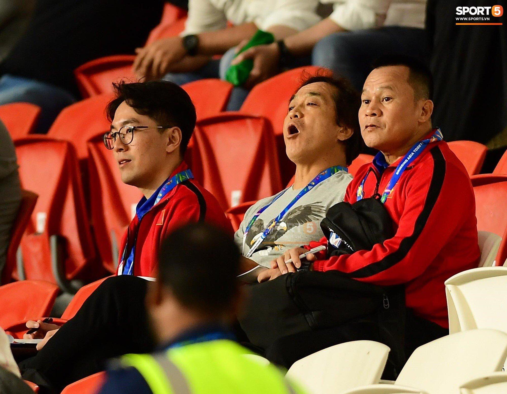Asian Cup 2019: HLV Park Hang Seo cử 3 trợ lý đi thăm dò đối thủ 1