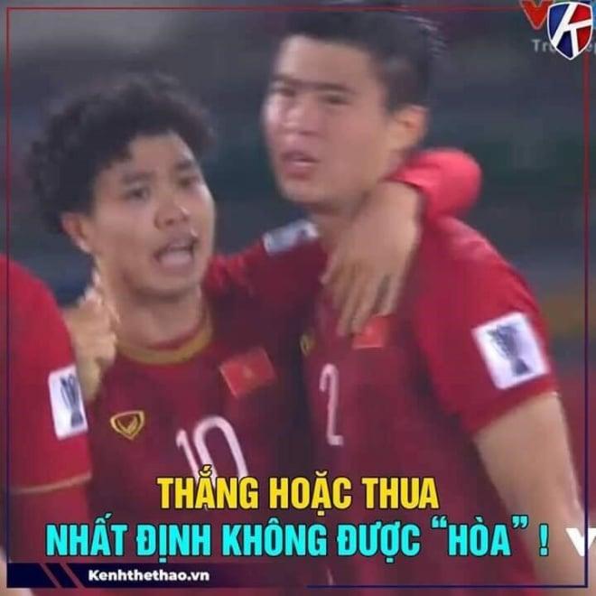 Hình ảnh Họa mi Công Phượng trở thành cảm hứng bất tận về ảnh chế trên MXH sau trận thua Iraq số 5