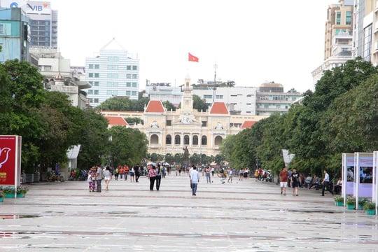 Đường Nguyễn Huệ cấm xe lưu thông vào tối ngày 13 và 14/1 1