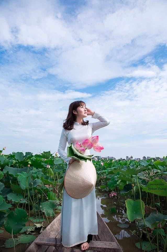 Hình ảnh Nhan sắc người vợ kém 12 tuổi được diễn viên Quang Thắng chấm từ năm lớp 10 số 3