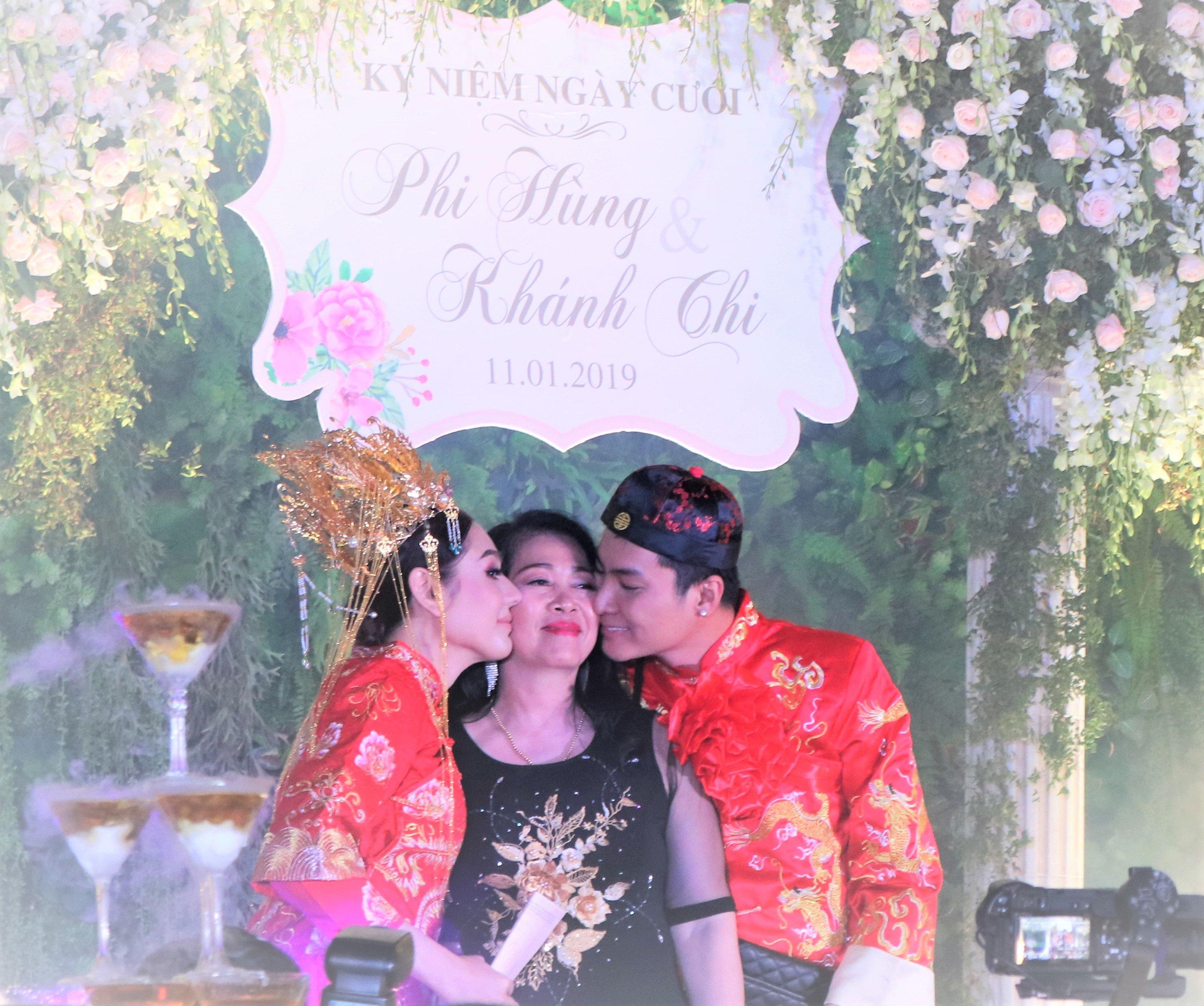 Hình ảnh Lâm Khánh Chi bất ngờ tiết lộ tên con trai đầu lòng trong buổi kỉ niệm 1 năm ngày cưới số 4