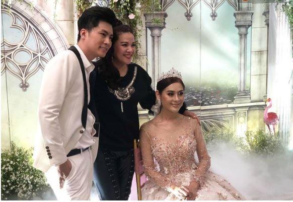 Hình ảnh Lâm Khánh Chi bất ngờ tiết lộ tên con trai đầu lòng trong buổi kỉ niệm 1 năm ngày cưới số 3