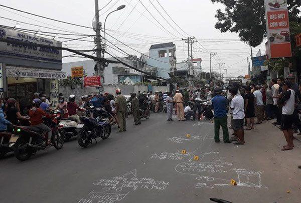 Tai nạn giao thông mới nhất ngày 16/1: Va chạm giao thông, 2 thanh niên bị xe rác cán tử vong 1