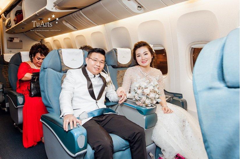 Chị gái của cô dâu được bố mẹ cho 200 cây vàng ở Nam Định từng rước dâu bằng máy bay 2