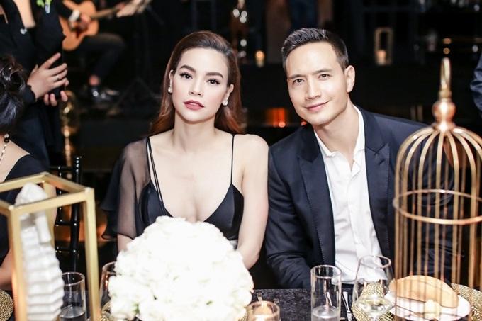 Hình ảnh Hồ Ngọc Hà và Kim Lý hành động khó hiểu dù đã chính thức ra mắt 2 bên gia đình số 4