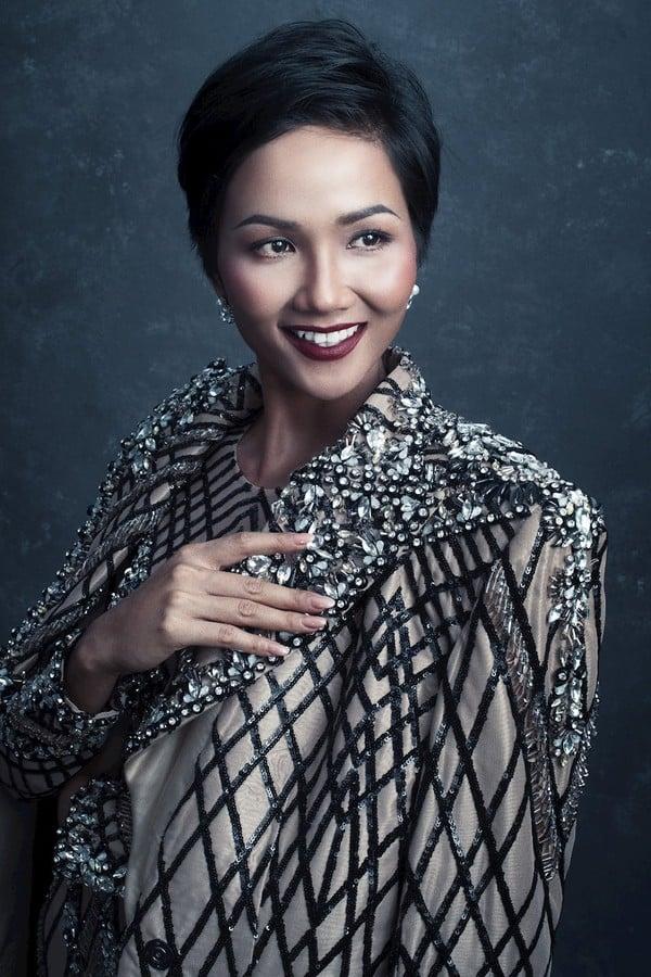 H'Hen Niê bất ngờ lọt top 20 Hoa hậu đẹp nhất thế giới 2018 3