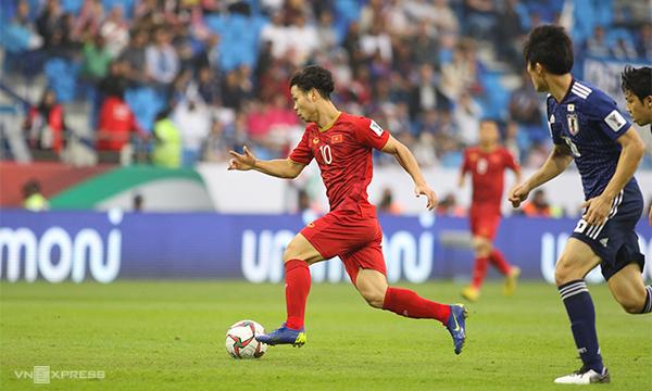 Asian Cup 2019: HLV Nhật Bản nói gì về Quang Hải, Công Phượng? 2