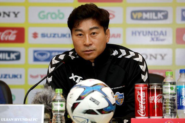 Đội bóng Hàn Quốc bất ngờ muốn sở hữu Quang Hải trong đội hình 1