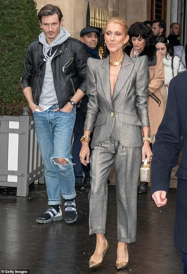 Fan ngỡ ngàng không nhận ra nữ ca sĩ Celine Dion: Thân hình trơ xương, khuôn mặt đầy nếp nhăn  4